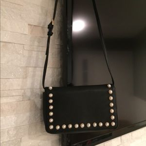 Forever 21 pearl detail purse